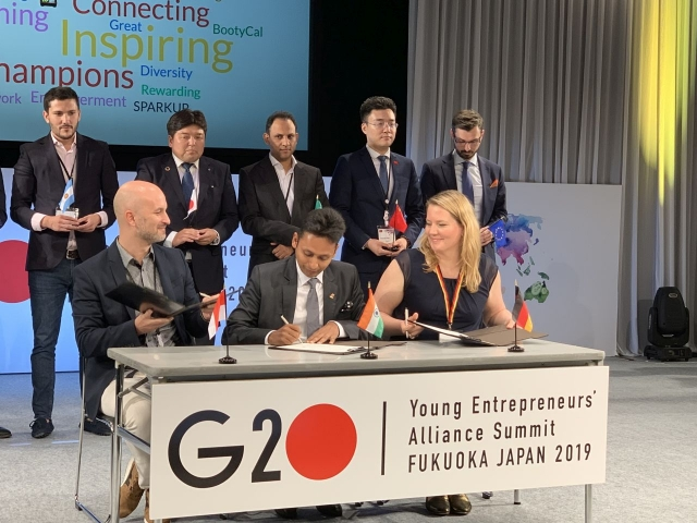 wjd-g20-young-entrepreneurs-alliance-japan-viktoria-schuetz